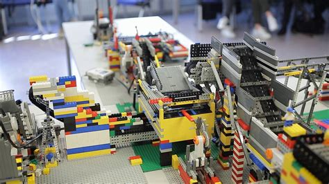 """TPK4185 - Lego factory 2016 """"Recycling plant"""" - YouTube"""