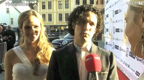 Ylvis - Vegard and his wife on the red carpet 12052012