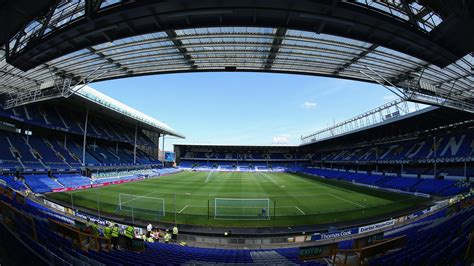 Everton given £300m guarantee to bring new stadium a step