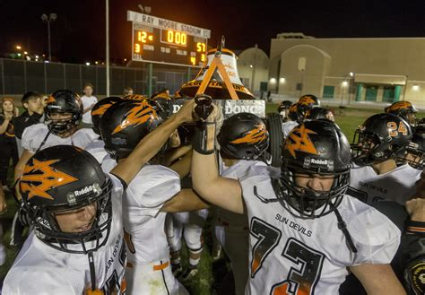 Prep Football: Apple Valley keeps the Bell orange in rout